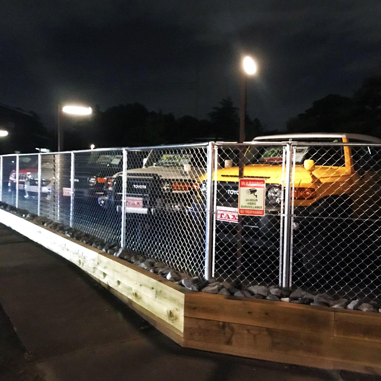 輸入車にぴったりアメリカンな駐車場TAX伊勢崎