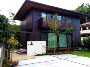 For example, おしゃれな玄関アプローチにおすすめのきれいなコンクリート、群馬県高崎市のエクステリアFor example,グロウスガーデンのエクステリア